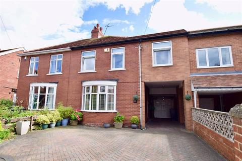 4 bedroom semi-detached house for sale - Chester Gardens, South Shields