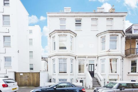 1 bedroom flat for sale - Sondes Road, Deal