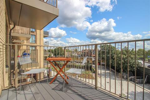 1 bedroom flat for sale - Adenmore Road, Catford