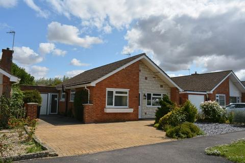 2 bedroom detached bungalow for sale - Hawthorn Crescent, Grove