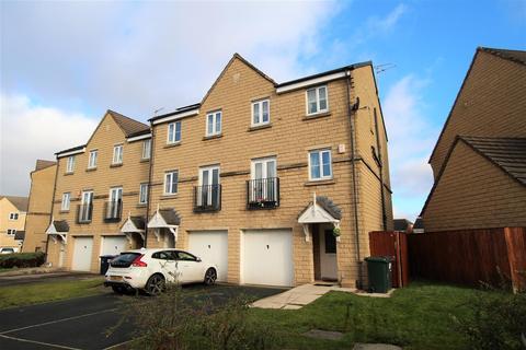 3 bedroom townhouse for sale - Brander Close, Idle, Bradford