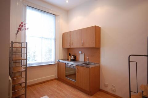 Studio to rent - Linden Gardens, Notting Hill / Bayswater, W2