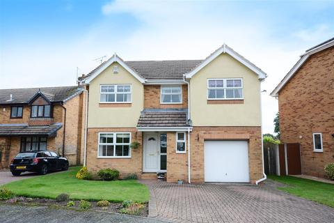 4 bedroom detached house for sale - Berwick Avenue, Chesterfield