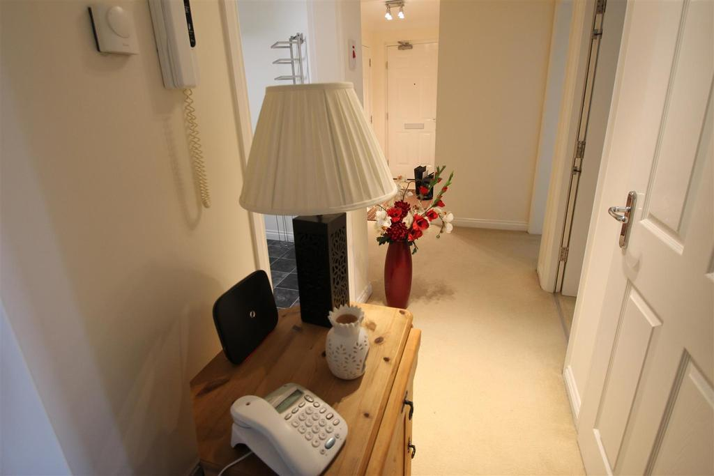 Marina Road Bathgate 2 Bed Flat For Sale 163 118 000
