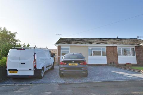 2 bedroom semi-detached bungalow for sale - Woodhurst Grove, Hastings Hill, Sunderland