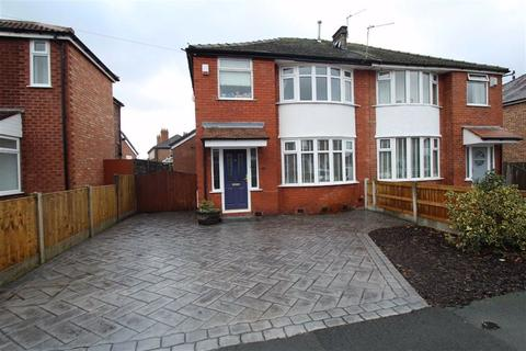 3 bedroom semi-detached house for sale - Clover Road, Timperley, Altrincham