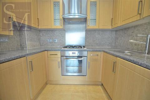 1 bedroom flat to rent - Dean Court, South Woodford, London