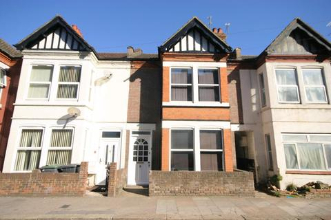 5 bedroom terraced house to rent - Ashburnham Road, Luton