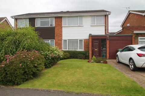 3 bedroom semi-detached house to rent - Halstow Close, Loose, Maidstone, Kent, ME15 9XA