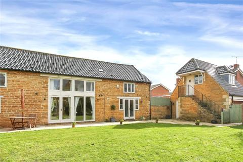4 bedroom barn conversion to rent - Farriers Way, Stathern, Melton Mowbray