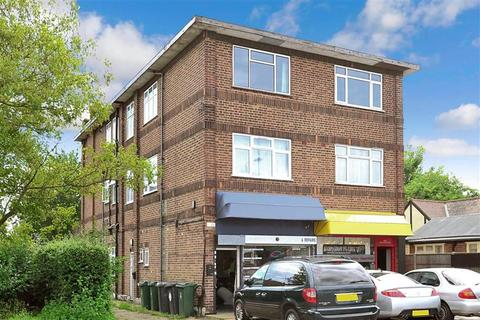 2 bedroom flat for sale - Chingford Mount Road, London