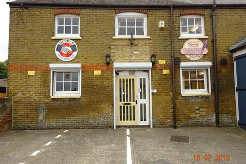 Office to rent - Nelson Terrace, Chatham ME5