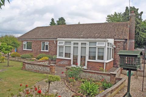 3 bedroom detached bungalow for sale - Norwich Road, Holt NR25