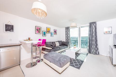 2 bedroom apartment for sale - Admiral House, St George Wharf, Vauxhall, SW8