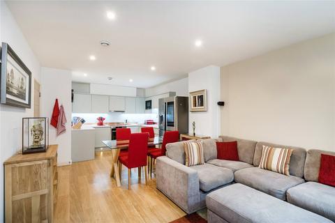 3 bedroom maisonette for sale - Caspian Apartments, 5 Salton Square, London