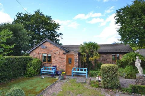 2 bedroom detached bungalow for sale - Blakelow Gardens, Macclesfield