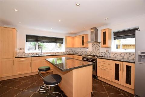5 bedroom detached house for sale - Boxley Road, Walderslade, Chatham, Kent