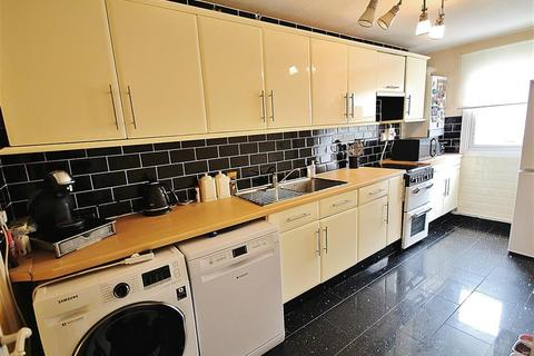 1 bedroom maisonette to rent - Burns Close, Hayes, UB4 0EJ