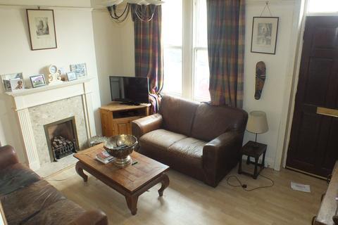 2 bedroom terraced house to rent - Low Lane, Leeds, West Yorkshire, LS18