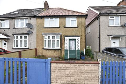 3 bedroom semi-detached house for sale - Vernon Road, Feltham, TW13