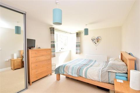 2 bedroom apartment for sale - Barry Drive, Haywards Heath, West Sussex