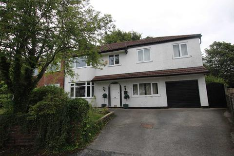 4 bedroom semi-detached house to rent - Ravens Close, Manchester