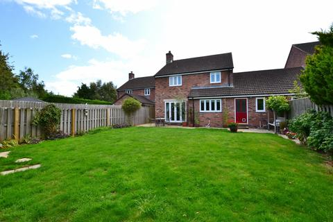 4 bedroom house for sale - West Knighton