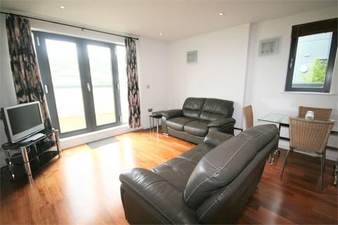 2 bedroom flat to rent - South Quay, Kings Road, SWANSEA