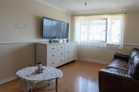 1 bedroom apartment for sale - Hadrians Ride, Enfield, London, EN1
