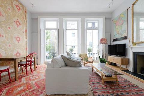 3 bedroom flat to rent - Westbourne Gardens, London, W2