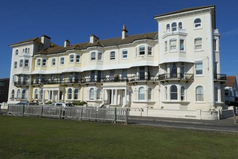 2 bedroom apartment for sale - West Bognor