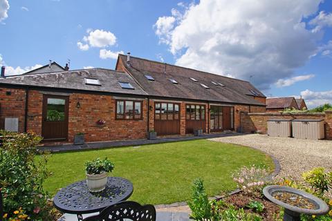 4 bedroom barn conversion to rent - Lea End Lane, Alvechurch, B48 7AX