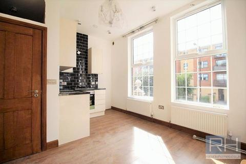1 bedroom apartment to rent - Tottenham Lane, London, N8