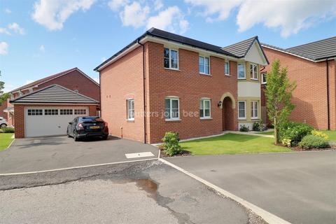 4 bedroom detached house for sale - Reginald Lindop Drive, off Close Lane, Alsager.