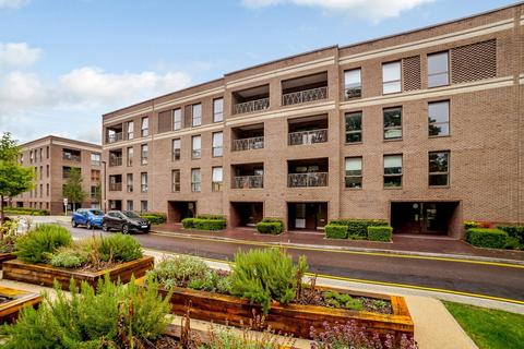 2 bedroom apartment for sale - Dunstone Court, Adenmore Road