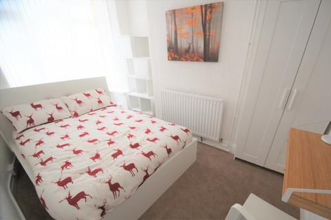 4 bedroom terraced house to rent - Bolingbroke Road, Coventry, CV3 1AR