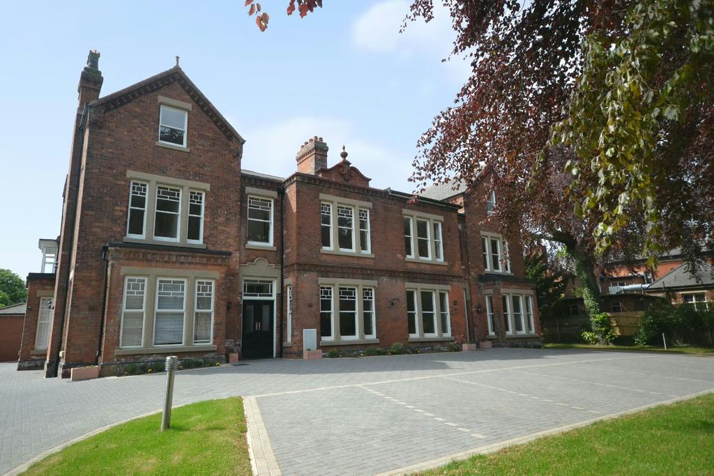 Hazelmere House 2 4 Welholme Avenue Grimsby Dn32 2 Bed