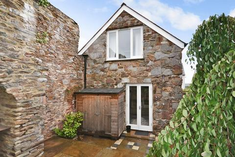 2 bedroom cottage for sale - North Street, Totnes