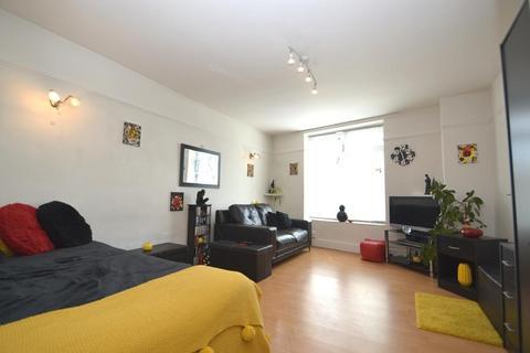 Studio for sale - Milton Road, Worthing, BN11 3NN