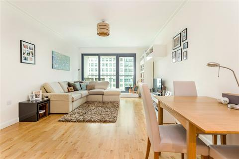 2 bedroom flat to rent - Discovery Dock Apartments East, 3 South Quay Square, London, E14