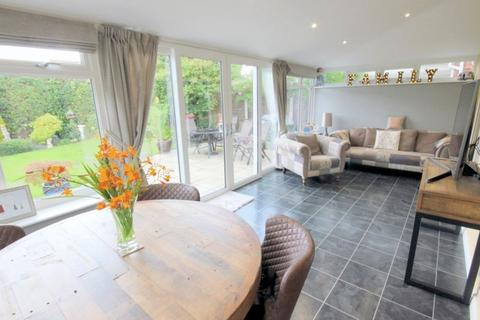 4 bedroom detached house for sale - Beechwood Close, Clayton