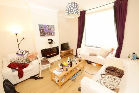 1 bedroom property to rent - Ladybarn Lane, Manchester