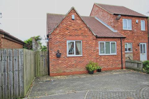 2 bedroom bungalow for sale - The Courtyard, Skipsea, Driffield