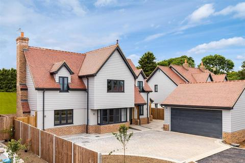 4 bedroom detached house for sale - The Meadows, Hare Street