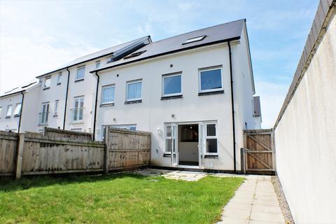 3 bedroom townhouse for sale - Minotaur Way, Copper Quarter, Swansea, SA1 7FQ