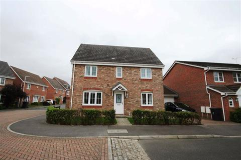 4 bedroom detached house to rent - Borderers Gardens, RG19