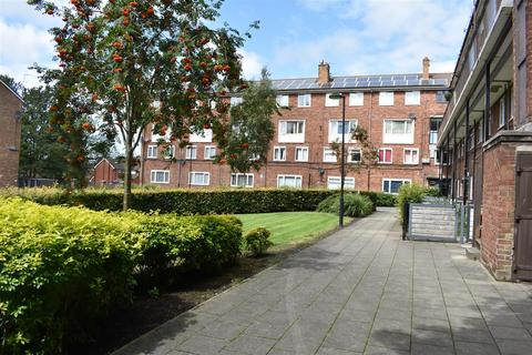 2 bedroom maisonette for sale - Knowsley Park Lane, Prescot