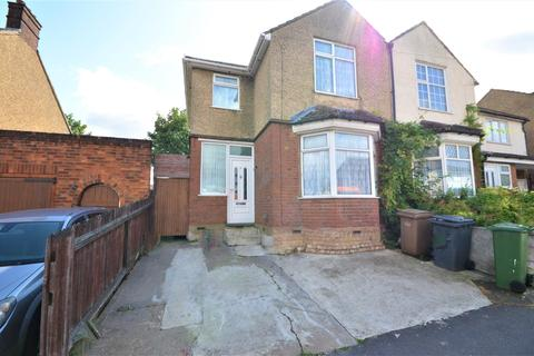 3 bedroom semi-detached house for sale - Neville Road, Luton