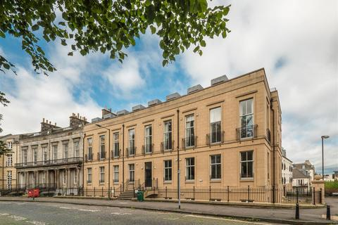 2 bedroom duplex for sale - 9/10 Hopetoun Crescent, Edinburgh, EH7 4AU