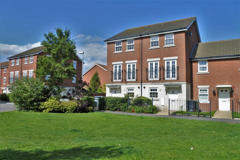 3 bedroom townhouse for sale - Wilks Road, Grantham